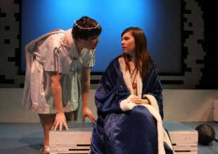 Photo: 8th Grade Production